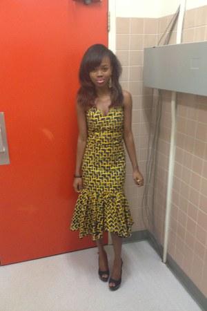 mustard destyne dress