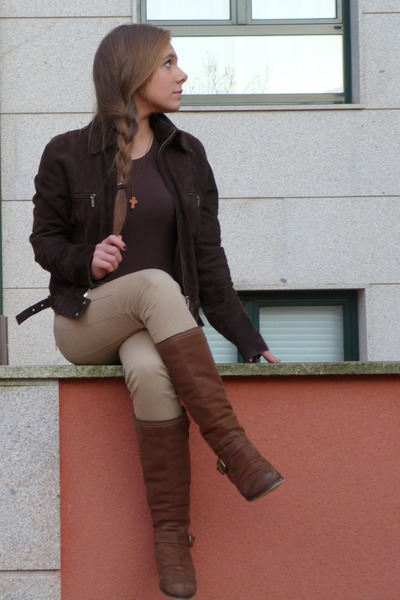 brown centromoda boots brown leather jacket
