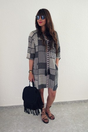 Sfera dress - Pimkie bag - pull&bear sandals