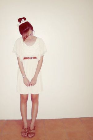 pink accessories - beige dress - brown belt - brown Topshop shoes