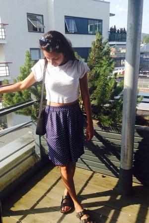 black leather purse - blue H&M shorts - white crop DIY t-shirt - black sandals