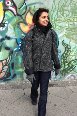 charcoal gray vintage coat - navy unknown jeans - black scarf - gray gloves
