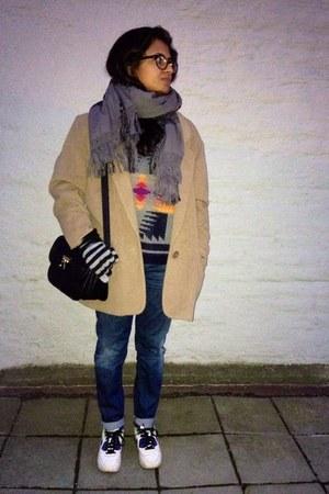 tan vintage coat - navy jeans - navy aztec print unknown sweater