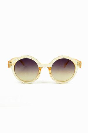 Lala and Sasi sunglasses