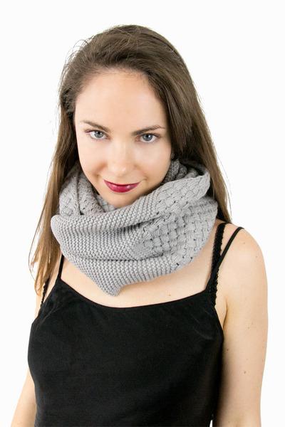 Lala and Sasi scarf