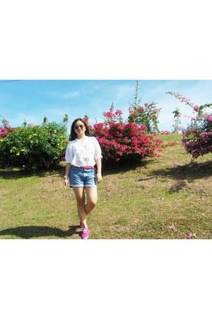hot pink random brand belt - hot pink random brand shoes - white La Whanico  blo