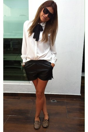 ivory Sheinside blouse - black faux leather Romwecom shorts