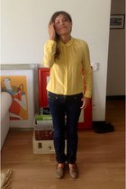 mustard Forever 21 blouse - blue Zara jeans - Como quieres loafers