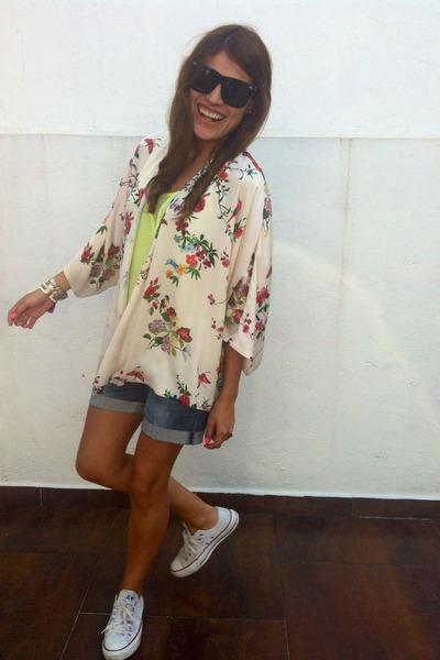 flower kimono Zara vest - denim pull&bear shorts - Bershka top