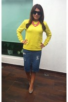 yellow asos sweatshirt - diy pencil Massimo Dutti skirt - banana republic pumps