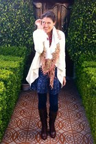 beige cardigan - brown Guess boots - Forever 21 dress - foulard scarf
