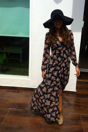 black floppy hat - tan ankle Zara boots - maxi flower dress