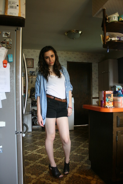 brown thrifted belt - white H&M t-shirt - black H&M shorts - blue Lucky Brand sh