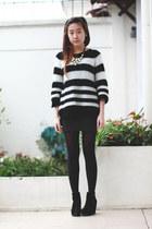 black Topshop sweater