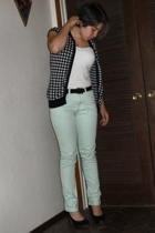 American Eagle top - Nordstrom sweater - H&M pants - seychelles shoes