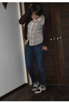 UO sweater - UO shirt - Levis jeans - UO shoes