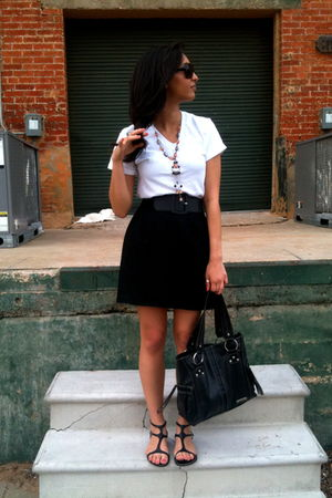 white Hanes t-shirt - black vintage skirt - black calvin klein belt - black Yoki