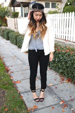 black high waisted Tobi jeans - ivory faux fur H&M jacket