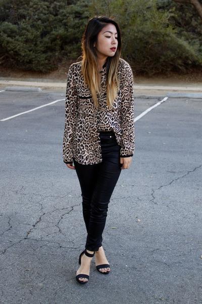 light brown leopard Zara blouse - black H&M pants