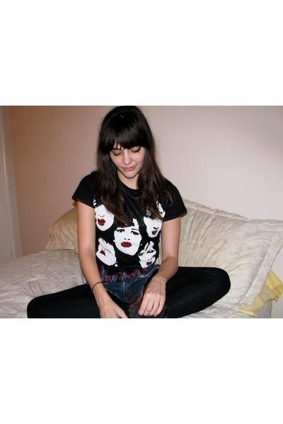charcoal gray Forever 21 boots - black leggings - black new york dolls shirt