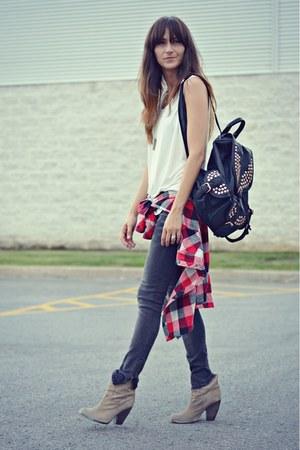 dark gray Zara jeans - white loose fit tank Forever 21 top
