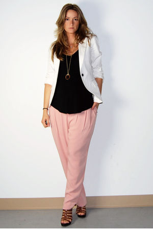 pink loose fit Ebay pants - brown Aldo shoes - white Zara blazer