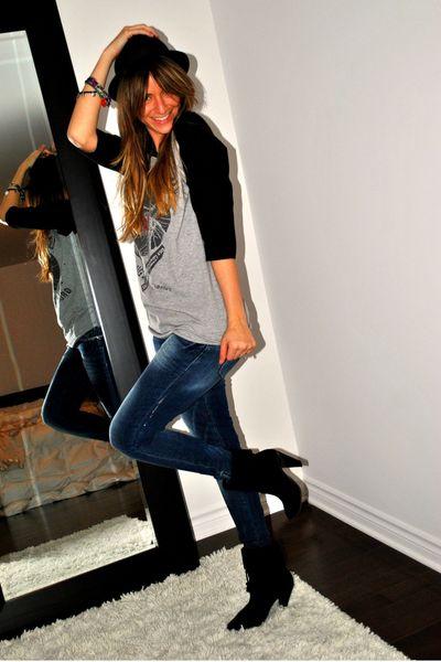 black suede ankle X2B boots - blue Zara jeans - black H&M hat