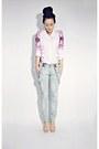 Light-blue-oasapcom-jeans