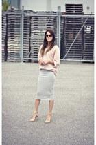 heather gray pencil skirt Smart Set skirt - light pink American Apparel sweater