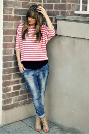 blue drop crotch Zara jeans - hot pink stripe winners top - black tank Sirens to
