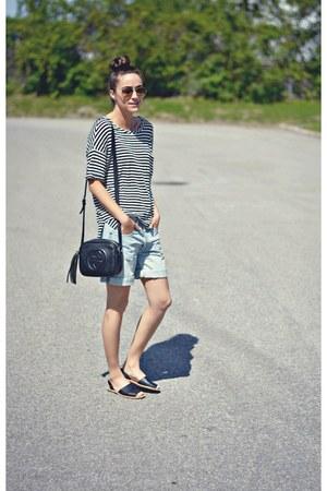 black Ardene sandals