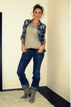 Zara shirt - gray H&M t-shirt - blue Diesel jeans - beige Aldo boots - black Die