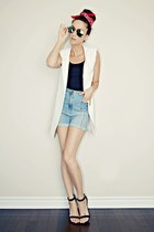 white sleeveless Sheinside blazer