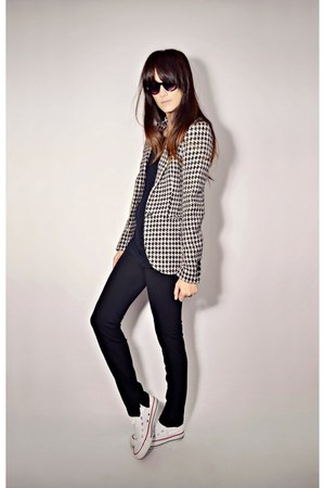 white houndstooth Smart Set blazer - black Smart Set pants