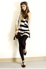 Beige-zara-cardigan-black-sirens-top-black-american-apparel-leggings-black