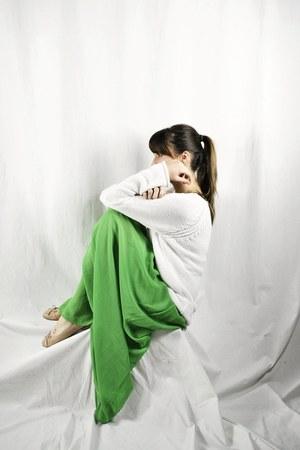 green sheer maxi Sirens skirt - nude ballet Aldo flats