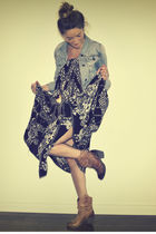 blue abercrombie & fitch jacket - black vintage skirt - brown Aldo boots - beige