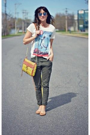 white life magazine Zara t-shirt