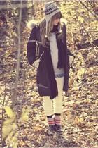 black rain COUGAR boots - black parka Canada Goose coat