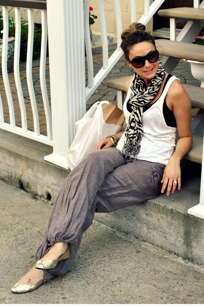 gold ballet flats Ardene shoes - black zebra print Ardene scarf