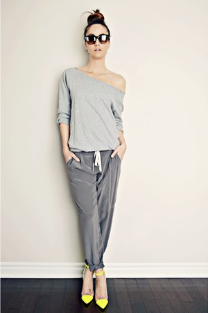 yellow GoJane heels - charcoal gray silk Aritzia pants