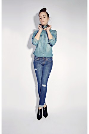 blue Smart Set jeans