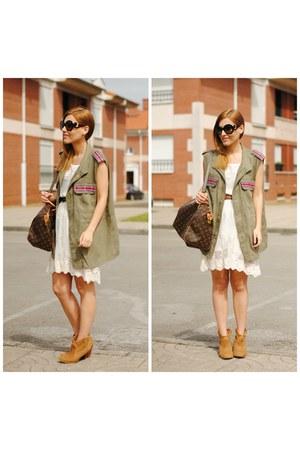 Fiorella vest - Sheinside dress