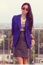 Blue-vintage-blazer-black-clutch-forever-21-bag-red-red-frame-sunglasses