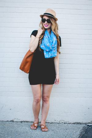 black t-shirt Aritzia dress - sky blue Club Monaco scarf