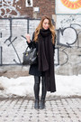 Beige-h-m-sweater-black-leather-aritzia-leggings-black-oversized-zara-scarf