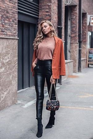 black Old Navy shoes - carrot orange Zara blazer - deep purple Zara bag