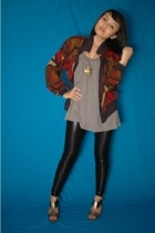 jacket - forever 21 top - Zara leggings - Charles & Keith shoes