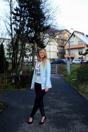 Bershka coat - Zara pants - Bershka t-shirt