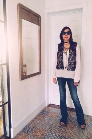 blue flare vintage jeans - eggshell lig Forever 21 blouse
